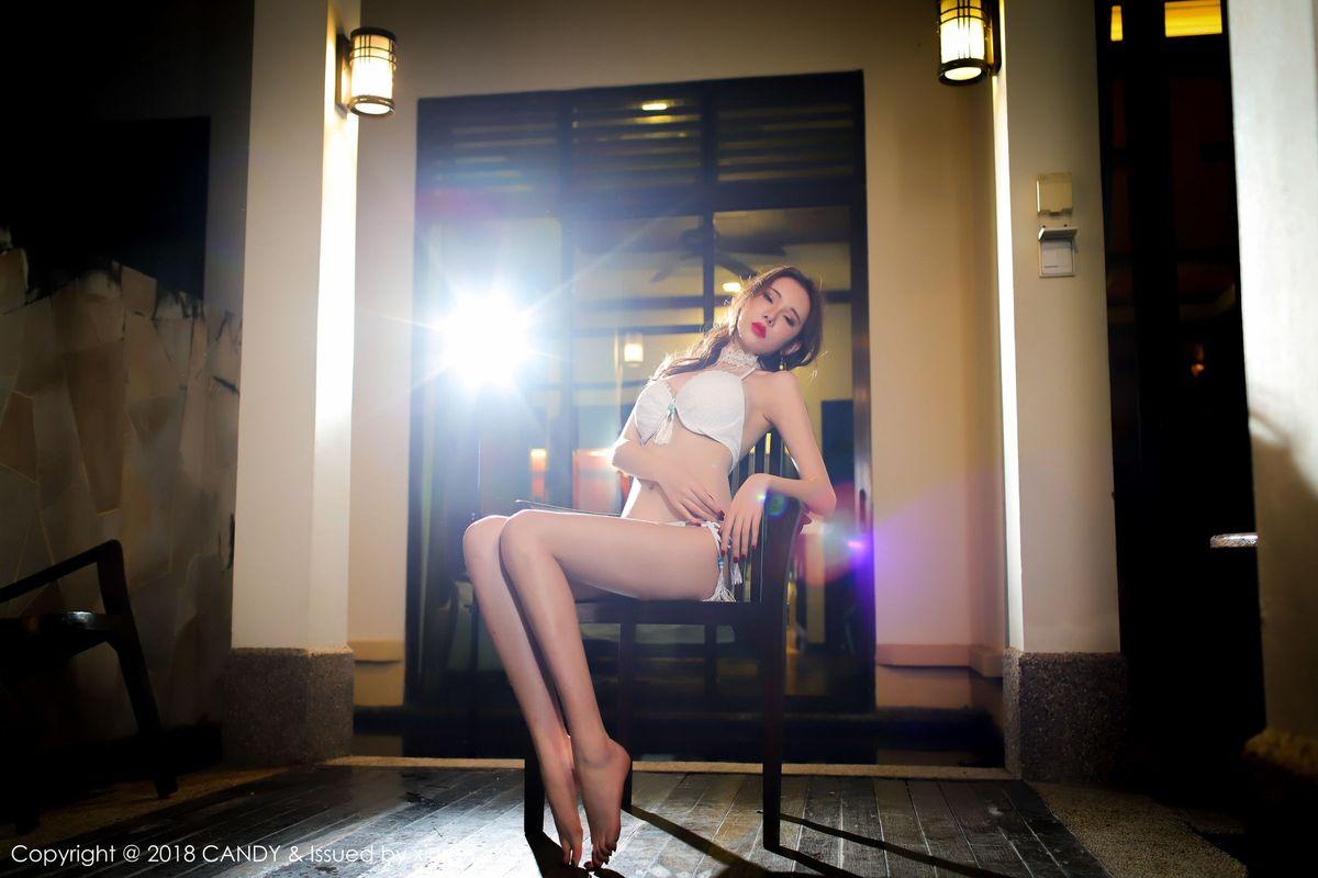 极品美乳美女萌琪琪Irene丝袜美腿内衣诱惑摄影写真图片