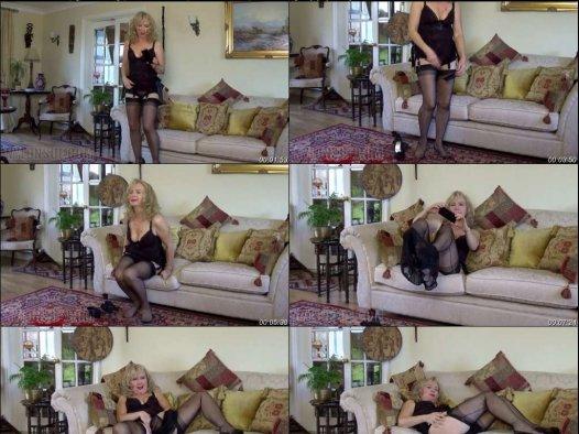 Nylonsue 丝袜视频 5V MP4/1.23GB